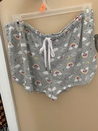 Night shorts bought them too big  Greenville, 27834