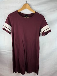 brown and white crew-neck t-shirt Edmonton, T5T 4A2