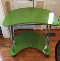 green and gray wooden desk Ashburn