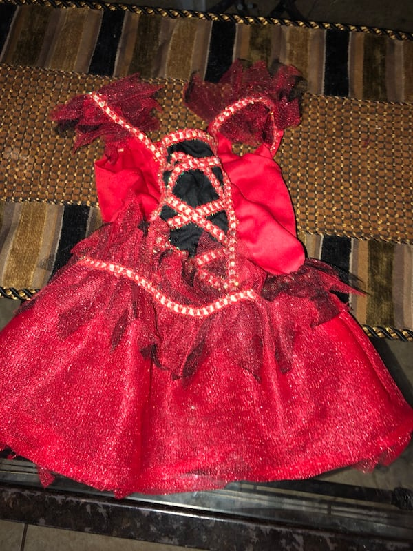 2 baby girl costumes and accessories OBO 0814d8c3-15fd-4ee3-a183-700ef21fdb66
