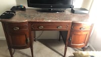 Brown wooden single pedestal desk Severna Park, 21146