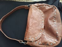 Leather handbag  Oshawa, L1K 1X7