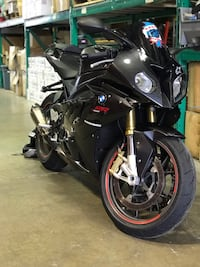 black and gray sports bike Naperville, 60540