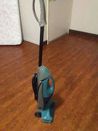 black and blue upright vacuum cleaner Anderson, 96007