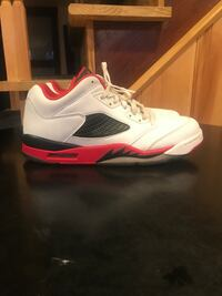 5 lows size 11.5