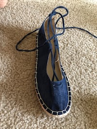 Jean tie up shoe- Brand new Alexandria, 22307