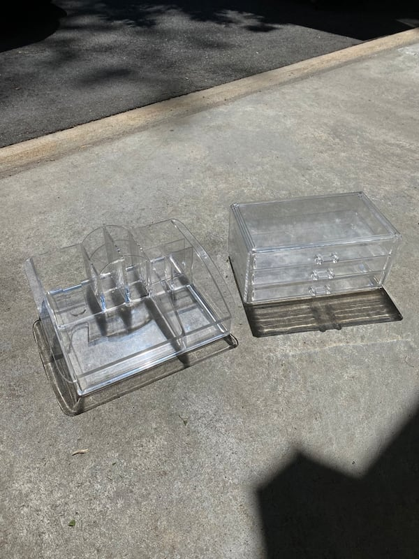 Lucite makeup containers set of 2 bc220351-c28d-4528-9692-c7725f02dcbe