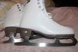 Riedell Emerald Ice Skates