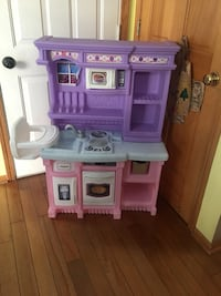 purple and pink kitchen play set Lancaster, 14086
