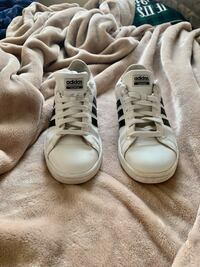ADIDAS SHOES SIZE 9 VERY GOOD CONDITION Kitchener