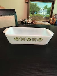 Fire King ~ Meadow Green 1 quart loaf pan Maple Grove