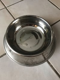 Stainless steel pet bowl  Toronto, M9W 1G4