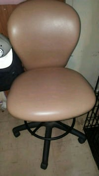 brown and black rolling chair Queens, 11367