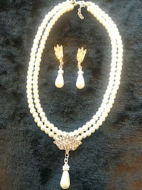 14 KT White Pearl Necklace & Earrings Jewelry Set  Chesapeake, 23325