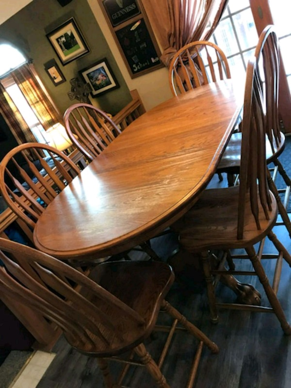 (7 piece) Solid Oak Amish Dining Set