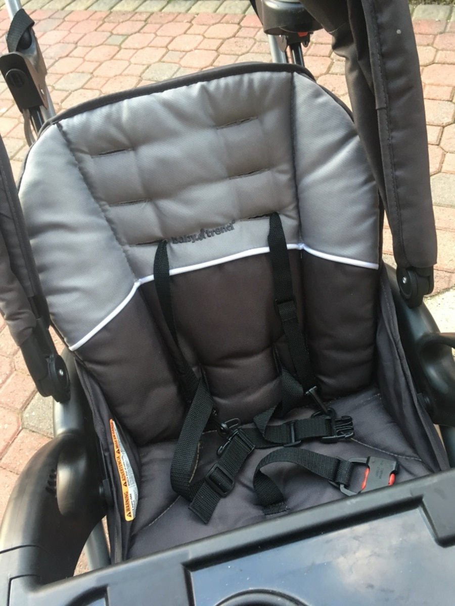 Baby double stroller - sit and stand - black and gray stroller - IL