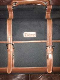 Targus suit case VERY NICE LEATHER ACCENTS