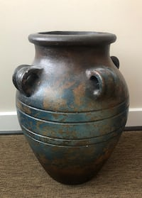 HANDMADE CLAY MEXICAN VASE  Rockville