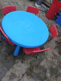 Children nursery school round table and chair Greater London, RM10 8EP