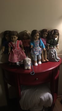 six assorted My American Girl dolls Cheney