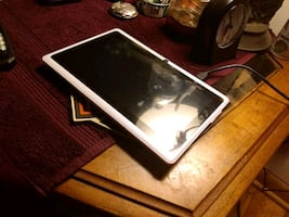 Tablet good condition ready to go comes with charger