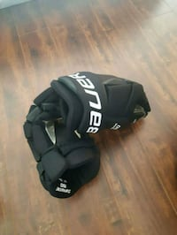black and gray leather gloves Boisbriand, J7H 1M9