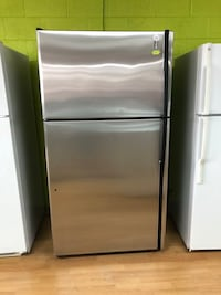 GE stainless steel top freezer refrigerator  Woodbridge, 22191
