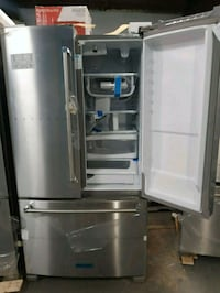 New kitchen Aid stainless steel French doors refri Baltimore, 21223