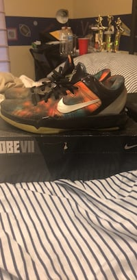 Kobe 7 Galaxy All Stars Size 9