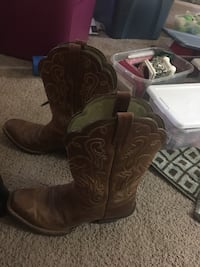 Ariat woman boots