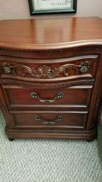 Night stand, dresser and mirror. Pinnacle, 27043