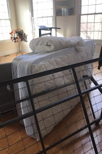 Twin Bed frame & mattress boxspring