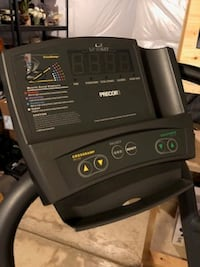 Precor EFX 5.17 Elliptical Cross-Trainer WASHINGTON