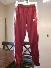 Adidas youth Medium. Excellent cond. worn once. Pet/smoke free home Pickering, L1V 7C6
