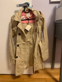 Brand new with Tags GAP trench coat for girls xxl