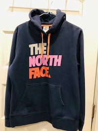 Adult North Face Hoodie. Size L