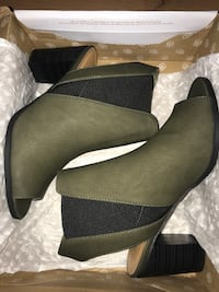 BRAND NEW CALL IT SPRING HEELS Toronto, M1E 5J6