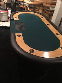 10 seat poker table with wood legs Gloucester, 08081