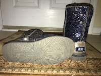 Classic short reversible sequin UGG boots Stallings, 28104