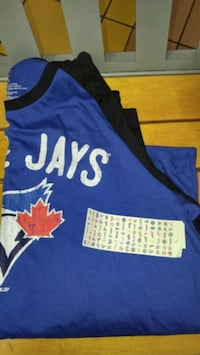 New Blue Jays long sleeve shirt size XL Vancouver, V6B 6N9