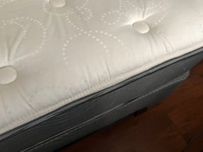 Queen Mattress Beauty Rest/Box Spring/Metal Bed Frame!