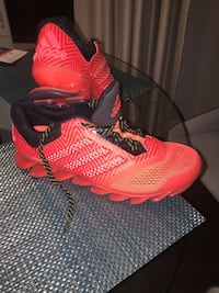 pair of red Nike basketball shoes Hamilton, L8J 0G8