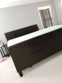 King Size leather bed. King George, 22485