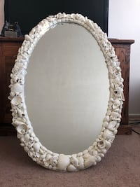 Oval wooden seashell mirror