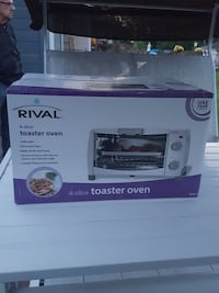 Rival 4 slice toaster oven Ontario, K1C 1W8