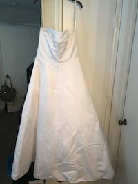 Wedding dress from David's Bridal. Size 16... Has a couple spots from being in storage. Can be cleaned. Raleigh, 27609