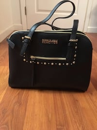 Black and gold purse Kenneth Cole reaction Hanford, 93230
