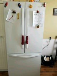white french doors bottom freezer. Edmonton, T5Y