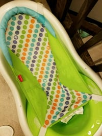 Baby bath with infant insert and toddler seat  Brampton, L6Y