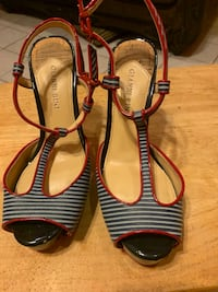 Nice blue and red shoes size 8 ladies  Brownsville, 78521